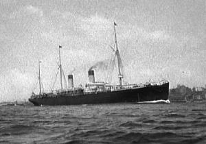 White Star liner S.S. Teutonic 1900  Photo:John S. Johnsten wikipedia.org