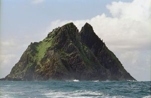 Skellig Michael Photo: Jerzy Strzelecki Wikimedia commons