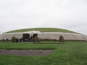 Brú na Bóinne, Newgrange Photo: Barbara y Eugenio