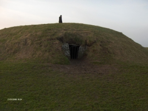 Mound of the Hostages, Tara. Photo: biekje Wikipedia.org