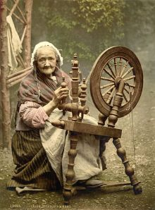 Irish spinning wheel - c 1900 Library of Congress Collection.