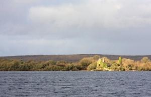 Castle on Inchiquin Island  Photo: Bob Jones Wikimedia Commons