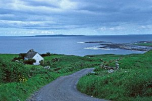 Road to Doolin Photo: Christine Matthews Wikimedia Commons
