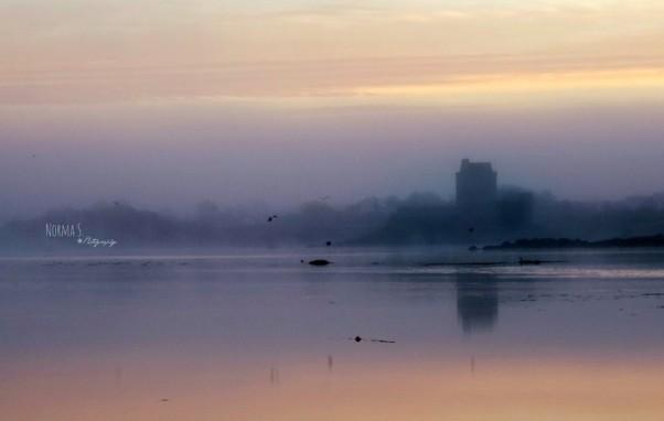 Dunguaire dawn Photo: Norma Scheibe