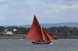 Hooker at Kinvara Photo: Cqui Creative Commons