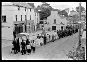 Corpus Christi Procession Kinvara c 1950 Photo: Cresswell archives
