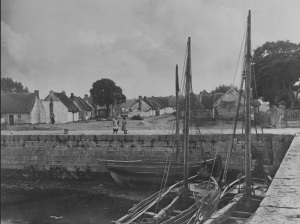 The Claddagh, Galway Photo: Robert John Welch (1859-1936) N.U.I.G. archives Creative Commons