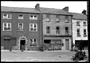 O'Shaughnessy, Kinvara Photo; Cresswell archives