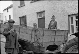 Kinvara men c.1950 Photo: Cresswell archives