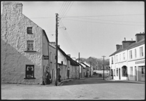Main Street, Kinvara c.1950 Photo: Cresswell archives