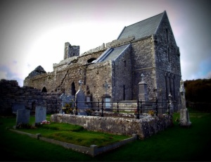 Corcomroe Abbey Photo: Shaun Dunphy Wikimedia Commons